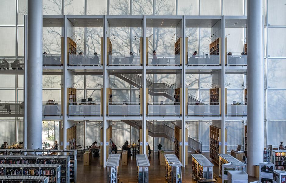 «Календарь света» в библиотеке Мальмё (Швеция). Фото: Michael Emery