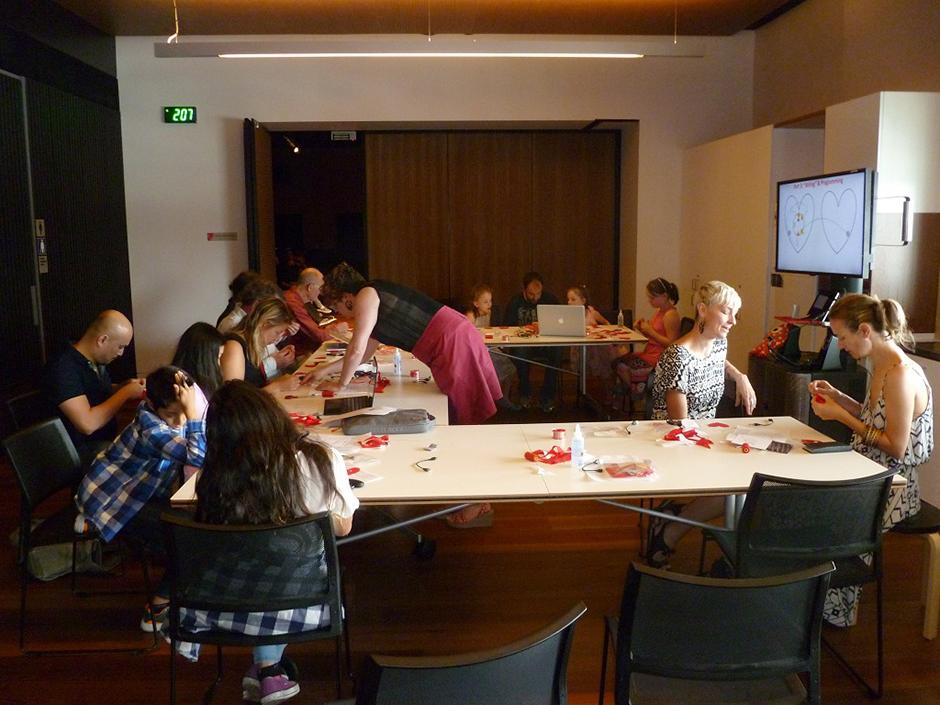 Мейкерспейс Connected Community Мельбурне, Австралия. (фото с сайта http://www.hackmelbourne.org/ )